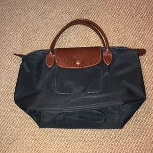 Navy longchamp small bag